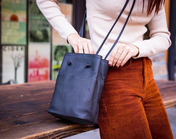 Black Leather Crossbody Bag, Genuine Leather Shoulder Bag, Womens Everyday Bag, Lightweight Minimalist Leather Purse Christmas Gifts for her