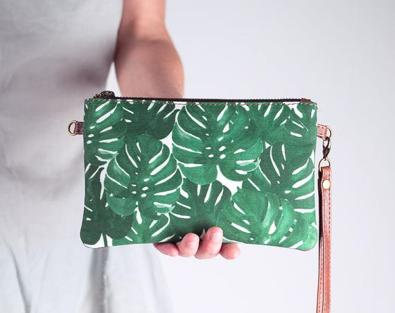 Monstera Leaf Clutch Wristlet Wallet, Botanical Print Purse, Convertible Clutch Purse with Shoulder Strap, Mini Crossbody Bag