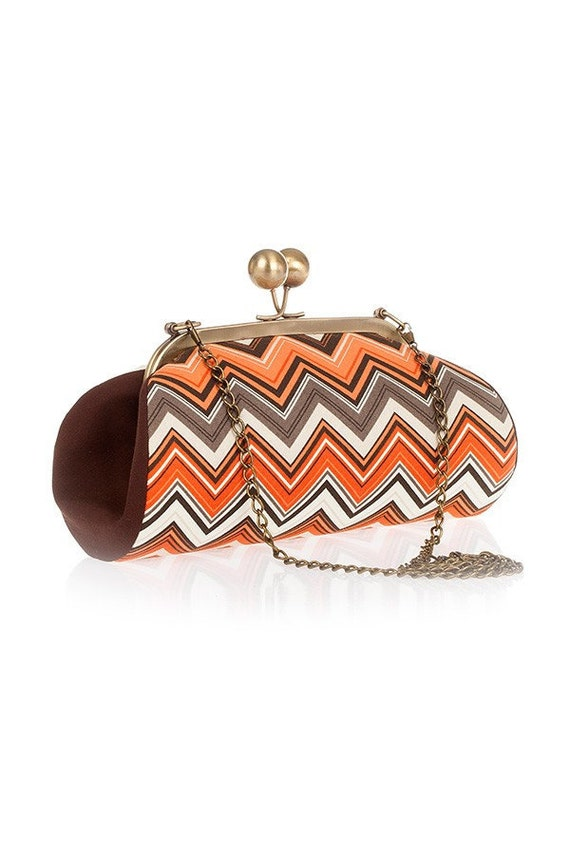Orange Chevron Clutch Purse, Clutch with Strap, Kiss lock purse, Earth Tones Purse, Zigzag Fabric, Retro Bag, Gifts for her, Clasp Clutch