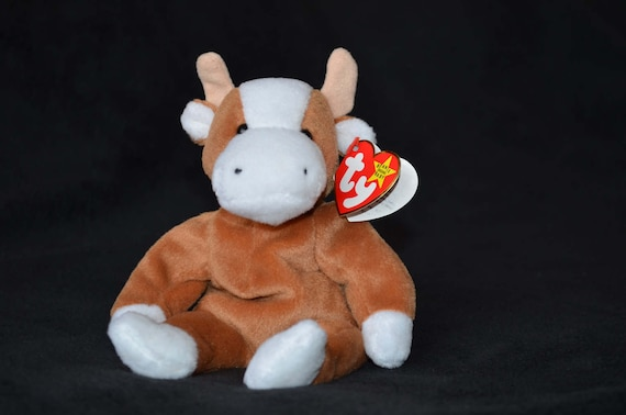 Bessie the TY Beanie Baby Cow  03585cee6a0