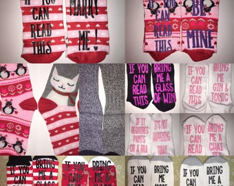If you can read this bring me a glass of wine novelty socks and wine glass