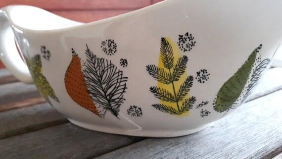Kathie Winkle Broadhurst Ironstone Palma Nova Pattern Gravy Boat / Vintage Kathie Winkle saucière