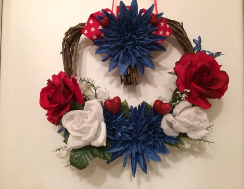 Patriotic Grapevine Wreath Red White /& Blue Grapevine Wreath Patriotic Front Door Wreath Heart Shaped Grapevine Wreath Front Door Wreath
