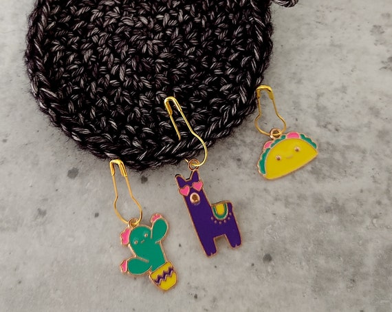 3 Enamel Stitch Markers • notions • row markers • end markers • place markers for crochet • Lama Taco Cactus • Safety Pins with Charm
