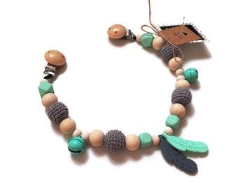 STROLLER CHAIN • feather • wooden • gray • mint • pram garland • kinderwagenkette • wagenspanner • crochetbykim • Ready To Ship