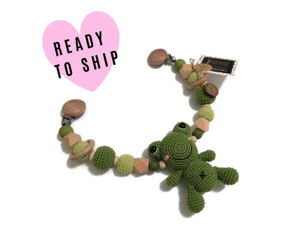 STROLLER CHAIN • Amigurumi Frog • Green animal • crochet pram garland • kinderwagenkette • wagenspanner • Ready To Ship