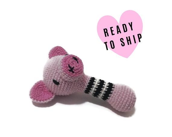 Handmade crochet Pig rattle handle • Amigurumi Pig • teethering • baby teething ring • natural baby toy • rassel • READY TO SHIP