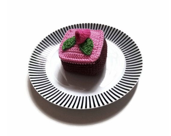 Crochet amigurumi Swedish raspberry cake - Crochet food - Educational toys - Pretend food - Kids party - playfood - Crochet sweets