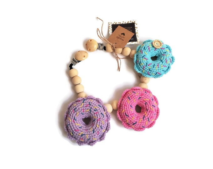 READY TO SHIP - crochet stroller chain - pram mobile - garland - baby toy - toddler - donut - donuts - playfood - wooden beads