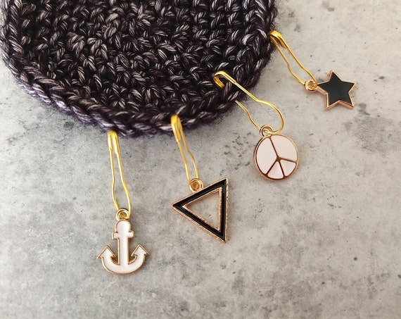 4 Enamel Stitch Markers • notions • row markers • end markers • place markers for crochet • Geometrical Triangle • Safety Pins with Charm