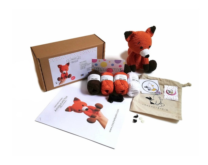 AMIGURUMI YARN KIT - amigurumi fox - crochet kit - amigurumi pattern . subcription box - amigurumi crochet box - material kit - diy