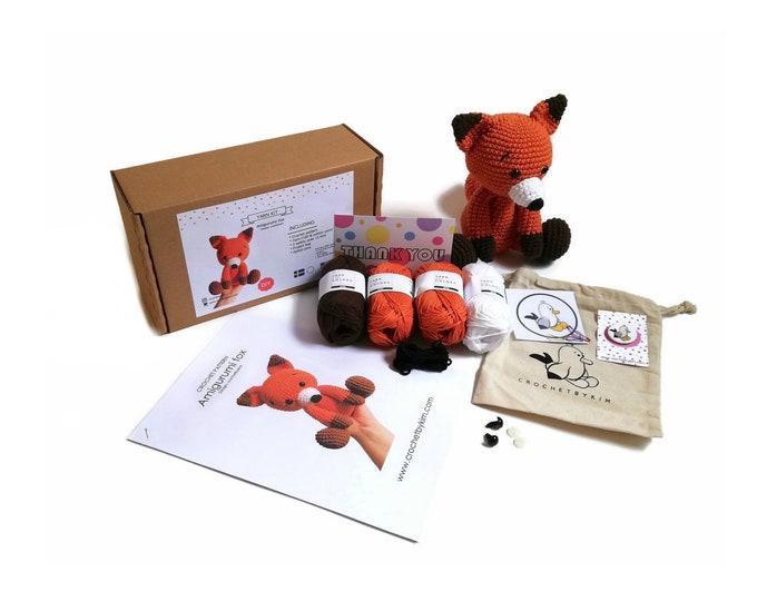 AMIGURUMI YARN KIT - amigurumi fox - crochet kit - amigurumi pattern . subcription box - amigurumi crochet box - material kit - diy