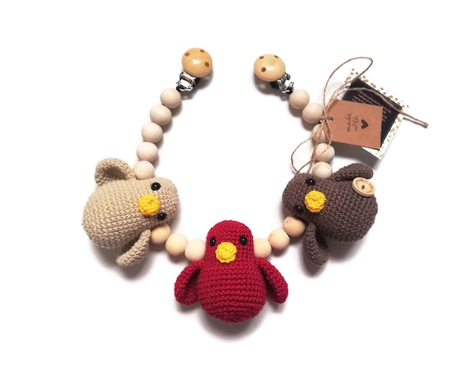 READY TO SHIP - handmade crochet stroller chain with birds - amigurumi - pram mobile - garland - baby toy - baby shower - wooden beads