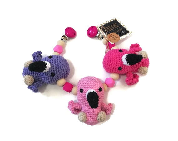 Handmade Crochet Stroller Chain Flamingo • stroller toy birds • Kinderwagenkette • Wagenspanner • Amigurumi Flamingo • READY TO SHIP