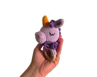 Handmade crochet unicorn teether • amigurumi unicorn rattle • teethering • baby teething ring • Fantasie animals • rassel • READY TO SHIP