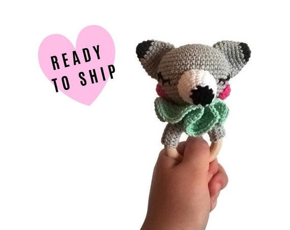 Crochet wolf teether - wooden ring - stuffed rattle - baby teething ring - amigurumi - woodland rattle - forest animal