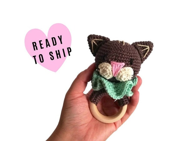 Handmade crochet cat teether • amigurumi cat rattle • teethering • baby teething ring • natural baby toy • rassel • READY TO SHIP