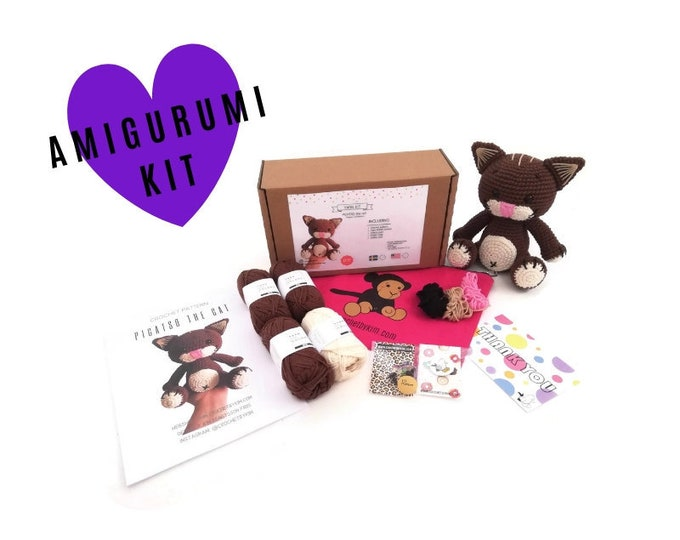 AMIGURUMI CROCHET KIT • Picatso the cat • crochet kit • amigurumi pattern • subcription box • amigurumi crochet box • material kit • diy