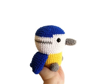 CROCHET BIRD - amigurumi bluetit - stuffed bird - soft toy - plush bluetit  - cotton toy - british bird - kawaii bird - garden bird