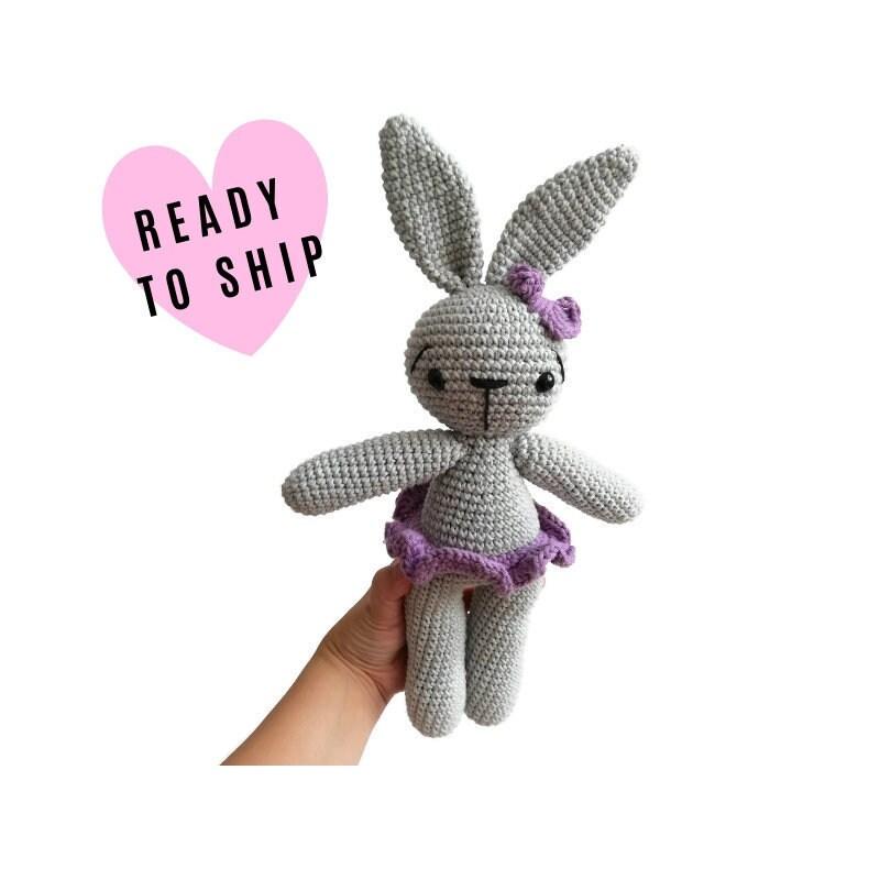 Ravelry: Amigurumi Ballerina Doll pattern by Tiny Mini Design   800x800