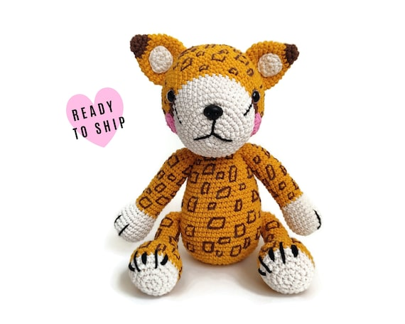HANDMADE CROCHET CHEETAH • Stuffed leopard • Amigurumi Cheetah • Safari Zoo • African animals • soft toy • swedish design • Ready To Ship