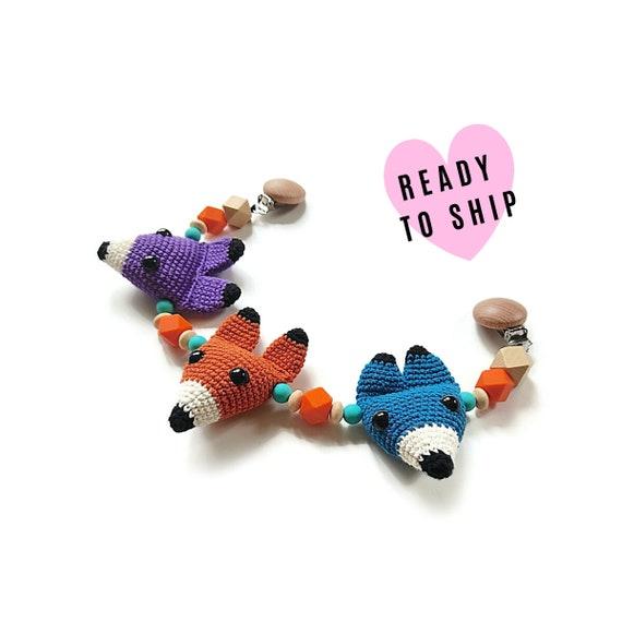 Handmade Crochet Stroller Chain fox wolf fox • woodland animals • amigurumi • pram garland • kinderwagenkette • wagenspanner • READY TO SHIP