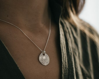 Silver Moon Necklace, Silver Medallion, 925 Silver Disc Necklace, Layering Coin Necklace, Circle Full Moon Charm Necklace, Bohemian Jewelry