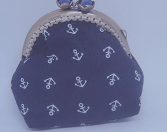 retro clasp purse