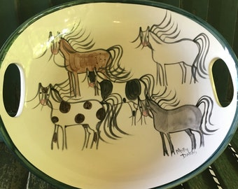 Molly Dallas Horse Plate, Horse Serving Dish - Handpainted Pottery by Molly Dallas.  This horse dish is perfect for any horse lover!