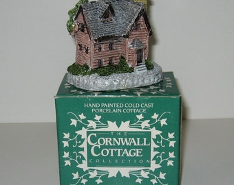 Museum Collections Inc. The Cornwall Cottage Collection Cricket Cottage