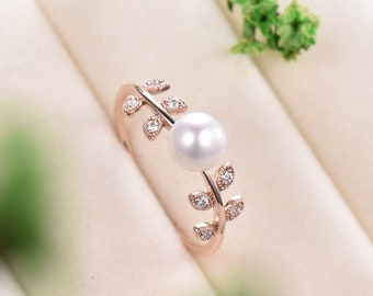 9K Yellow Gold Vintage Gold Leaf Ring Hollow Leaf Ring Wide Band Vintage European Lace Ring Vintage Ring with White Topaz
