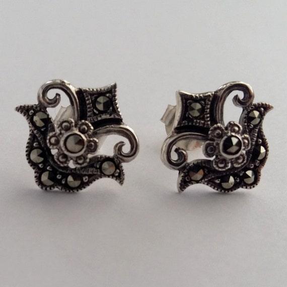 Julia Stud Earrings