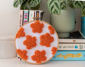 orange flower punch needle wall hanging / tufted wall hanging / retro 60s home decor / hoop art / mothers day
