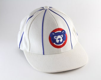 8a24e97e8c3 Chicago Cubs Cooperstown Collection Striped Baseball Cap    Fitted American  Needle Wool Blend Hat    Size 7 1 4    White with Blue Strips
