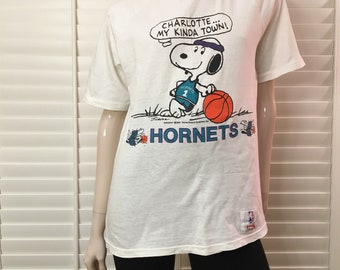 Snoopy Charlotte hornets 80s t-shirt
