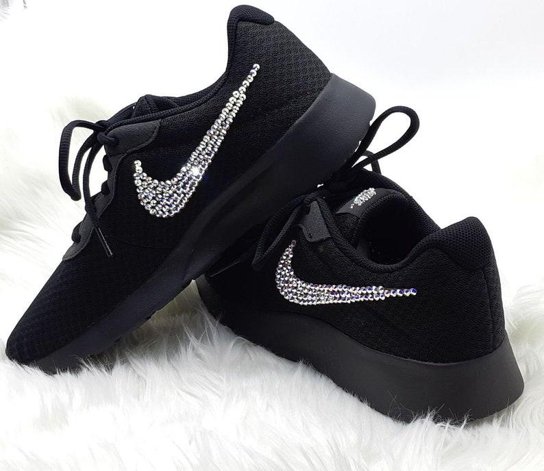 Schwarze Sohle Nike Swarovski Sneakers Nike Tanjun Trainer | Etsy