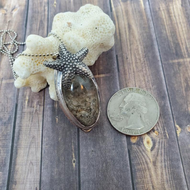 Handcut Scenic Sand Quartz Silver Necklace