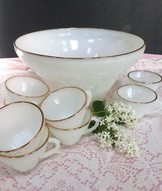 Beautiful Milk Glass Punch Bowl Set Vintage Anchor Hocking Etsy