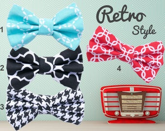Classic Retro Trellis Houndstooth Dog Bow Tie, blue black red