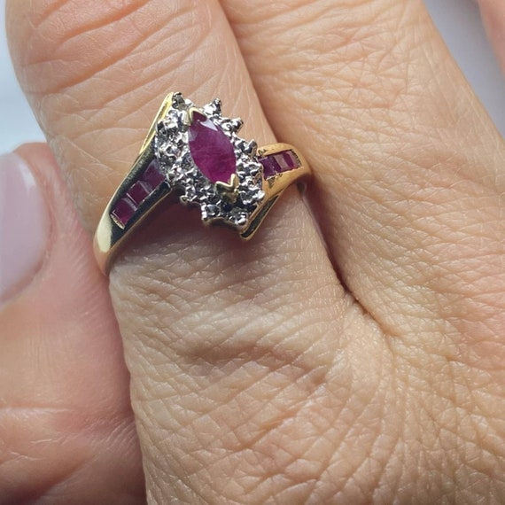 10K Gold Ruby and Diamond Vintage Ring * Ruby Dia… - image 6