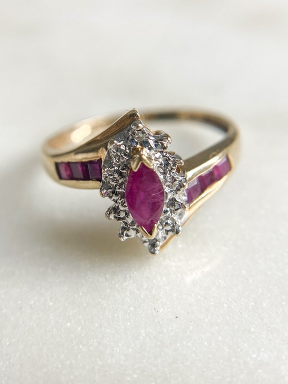 10K Gold Ruby and Diamond Vintage Ring * Ruby Dia… - image 1