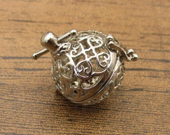 1 Cage Locket,Filigree Cage Pendant(Fitting 14-16mm Beads) Antique Silver Tone-TS270