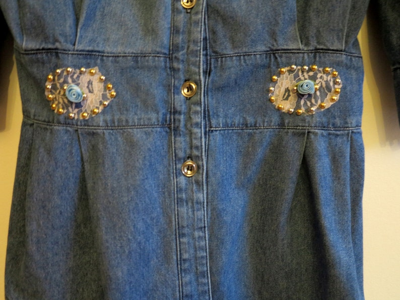 Vintage Womens Blue Denim Blouse Short Sleeveless Shirt Puffy Sleeves Jeans Embroidery Blouse Peasant Blouse Denim Blouse Lase Blouse Size M