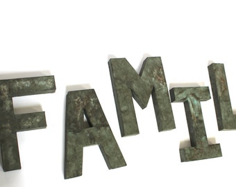 Family Sign - Rustic Family Sign - Farmhouse Family Sign - Family Name Sign - Wooden Family Sign - Wooden Family Name - Family Home Decor