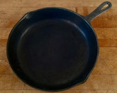 Early Cast Iron 10.75 quot Round Cast Iron Pan 8 C Stamp - Antique Cast Iron 1920s Level Clean Seasoned Cast Iron Pan - Chef Gift Foodie Gift