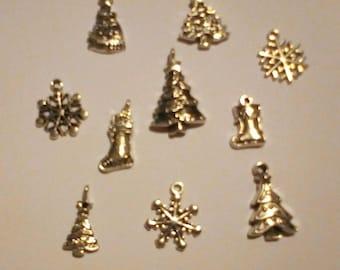 Little Bag of 12 assorted Christmas Charms