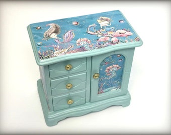 Mermaid Jewelry Box, Little Girls Jewelry Armoire, Hand Painted, Gift for Girl, Aqua Blue, Sea Creatures, Unique Daughter Granddaughter Gift