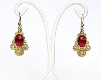 Norma-Italian Vintage Jewelry, Swarovski Cabochon, color Rubin Red