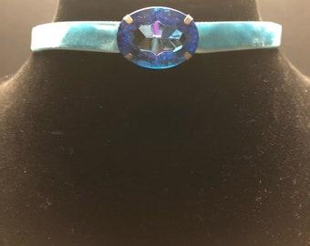 Aquamarine Velvet Ribbon With Horizontal Oval Jeweled Choker