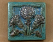 Triple Thistle Tile (4 x 4 inch aprox)